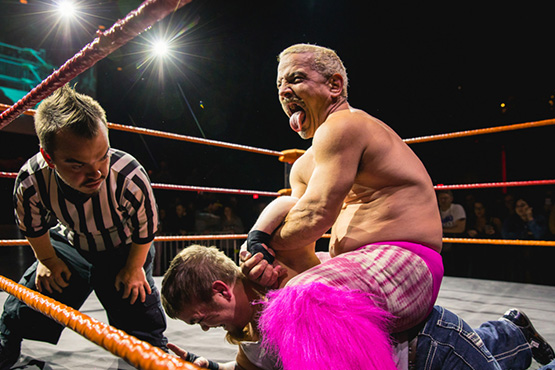 Why Midget Wrestling Show is a Must watch